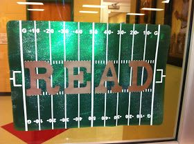 SWERSTY'S SWAP SHOP: Library Football...revamp for Sports Theme bulletin