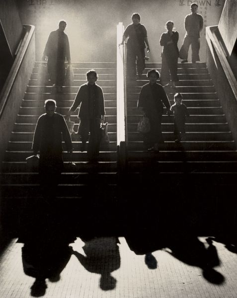 love the steam/smoke, the back-lighting, and the shadows... simply amazing... from the photography of Fan Ho...