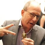 10 Pieces of Advice for Artists From Jerry Saltz's Keynote Speech at Expo Chicago   In the Air: Art News & Gossip   ARTINFO.com