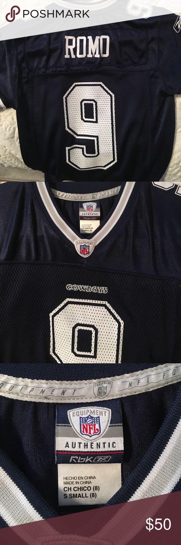 Romo cowboys jersey 💙 Small authentic TONY ROMO jersey #9 Reebok Tops Tees - Short Sleeve