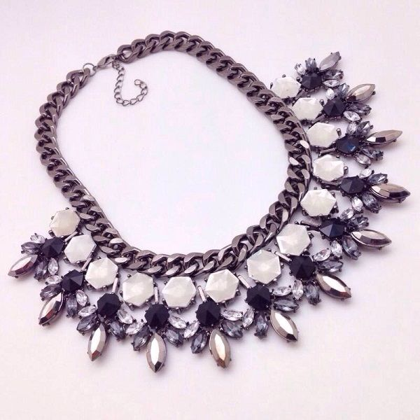 black bib collar fashion necklace