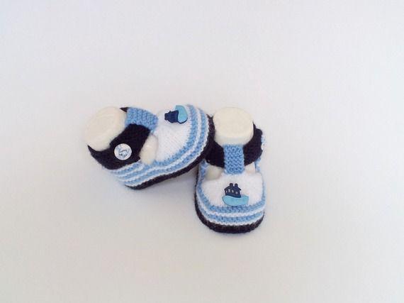 Тапочки детские форма сандалии в морском стиле вязаные шерстяные, белый, синий и темно-синий, 0/3 месяца.Кнопка фимо@нана-creations