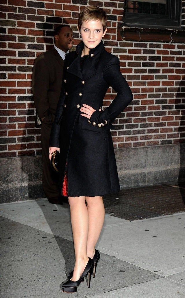 Winter Coat Emmawatson Emma Watson Emma Watson Beautiful Emma Watson Legs