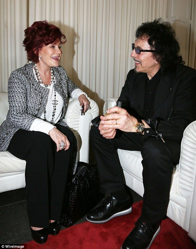 Tony is chatting with ozzy's wife Sharon at Grammy awards 2014 ...