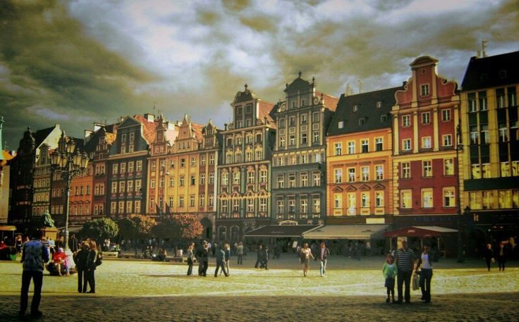 Wrocław :-) #wroclove #wroclovers # wroclaw #lubiewroclaw #kochamwroclaw #superpolska #lubiepolske #dziejesiewpolsce #city #polska #poland #wroclawcity #loves_Poland #bestofpoland