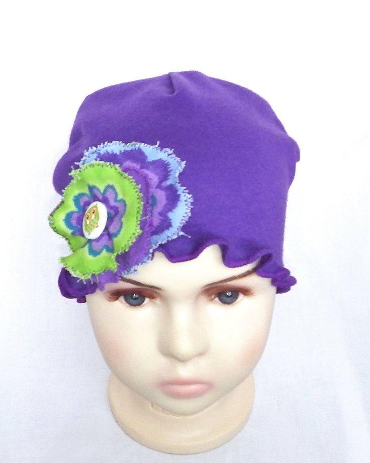Le chouchou de ma boutique https://www.etsy.com/ca-fr/listing/585485507/chapeau-chimio-enfantsbonnet-chimio