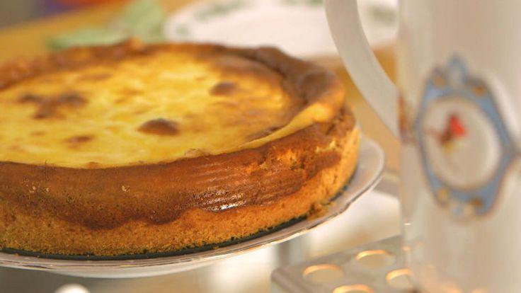Das perfekte Omas Käsekuchen: Genau so muss er sein-Rezept mit Video und einfacher Schritt-für-Schritt-Anleitung: Für den Teig Mehl, Backpulver…