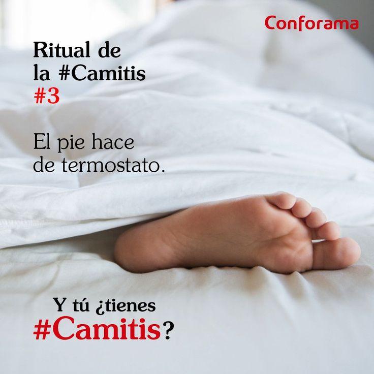 Ritual de #Camitis nº3: Uno de nuestros pies hace de termostato. Éste busca la parte más calentita o fresquita de la cama.