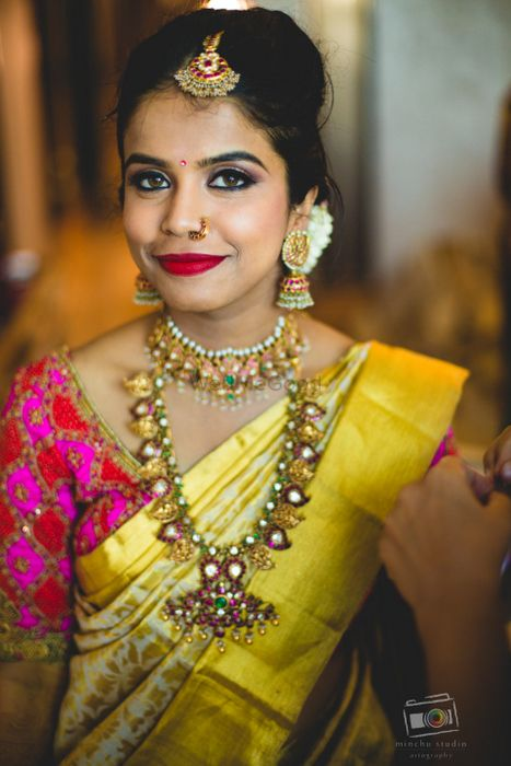 A bride who knows how to rock a6.7kg lehenga for her Sangeet? That's the stuff this wedding is made of. This telugu bride, Leelu really kept her sartorial style pretty with self-designed blouses and...
