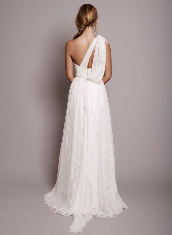 nicely draped: Wedding Dressses, Clothing Ideas, Parisians Gowns, Dreams Wedding Dresses, Evening Gowns, Rhyme Arodaki, Beautiful Draping, Parisians Wedding, Beaches Wedding Dresses
