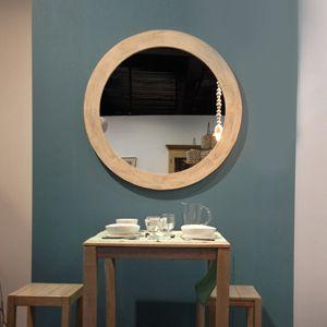 Miroir rond en bois naturel blond xl athezza bienvenue for Miroir rond salon