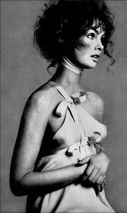 Richard Avedon - 1968 - Jean Shrimpton - Vogue