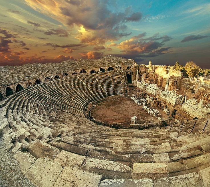 Side Antique Amphitheatre #Travel #Holiday #Türkei Urlaub #Türkei Side #Ancient #Historical