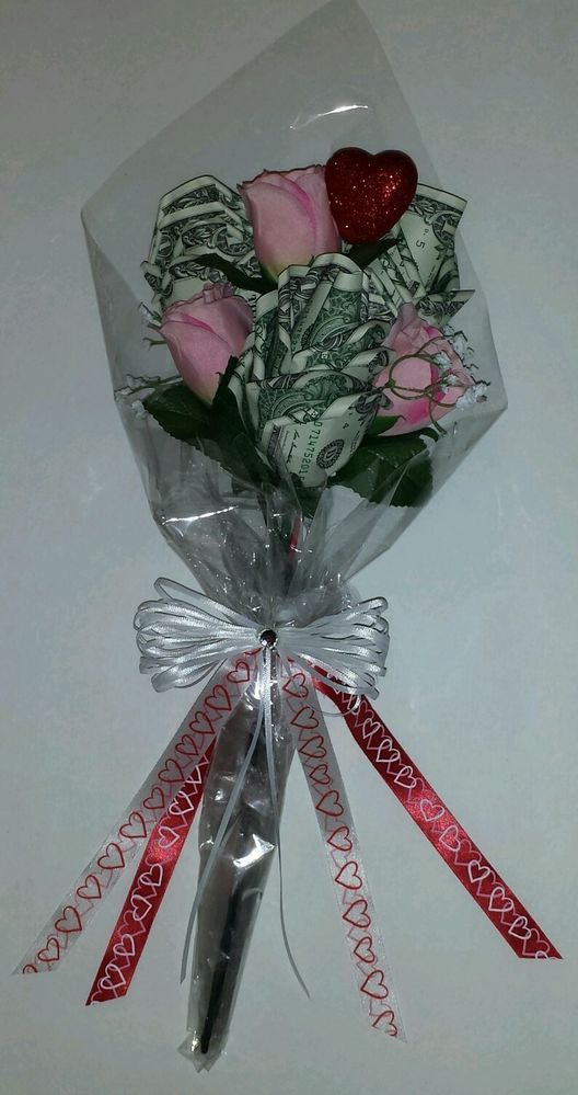 New Handmade Origami Money Rose Bouquet 15 Spendable $1 bills Valentine's Day
