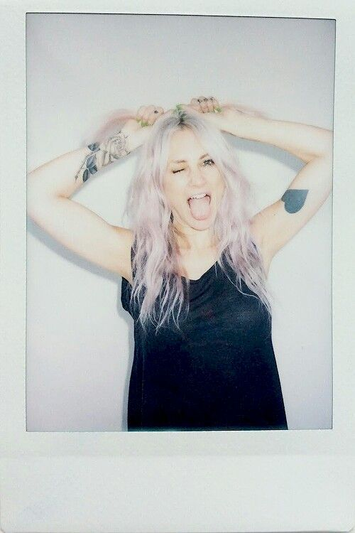 Lou Teasdale. Darling I want your bangs