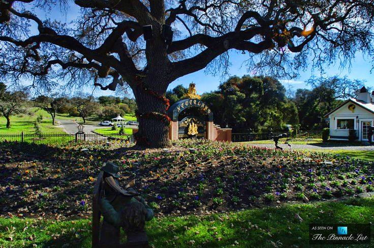 Main Gate Entrance - Michael Jacksons Neverland Valley Ranch - 5225 Figueroa Mountain Road, Los Olivos, CA