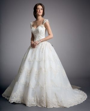 Eve Of Milady - Sweetheart Ball Gown in Lace