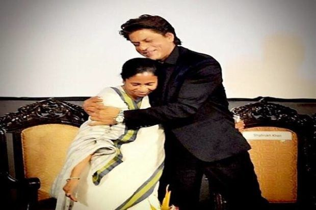 Mamata Banerjee escorts Shah Rukh Khan in her small Santro car to airport; see how star shows respect - The Financial Express