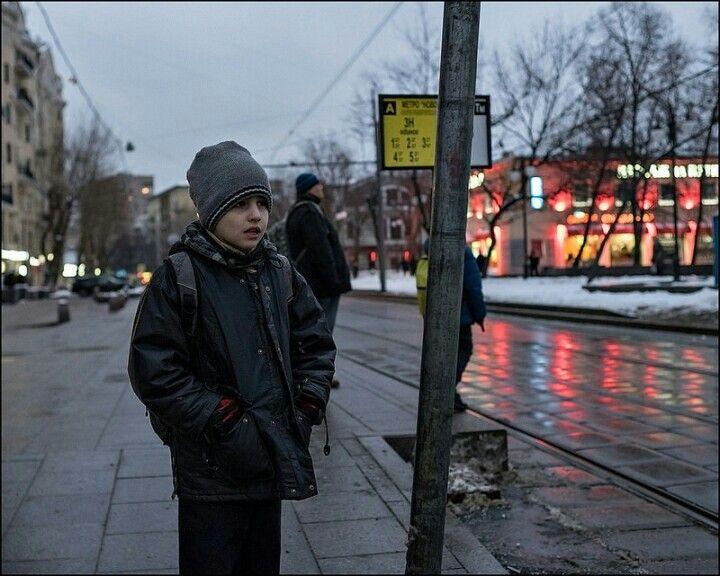 www.dmitryryzhkov.com #photography #streetphotography #street #candid #moscow #nightphotography