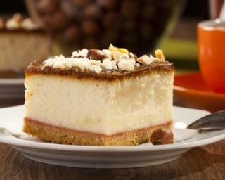 Entremet de fêtes au spéculoos, mousse au chocolat blanc et fruits de la passion : http://www.fourchette-et-bikini.fr/recettes/recettes-minceur/entremet-de-fetes-au-speculoos-mousse-au-chocolat-blanc-et-fruits-de-la