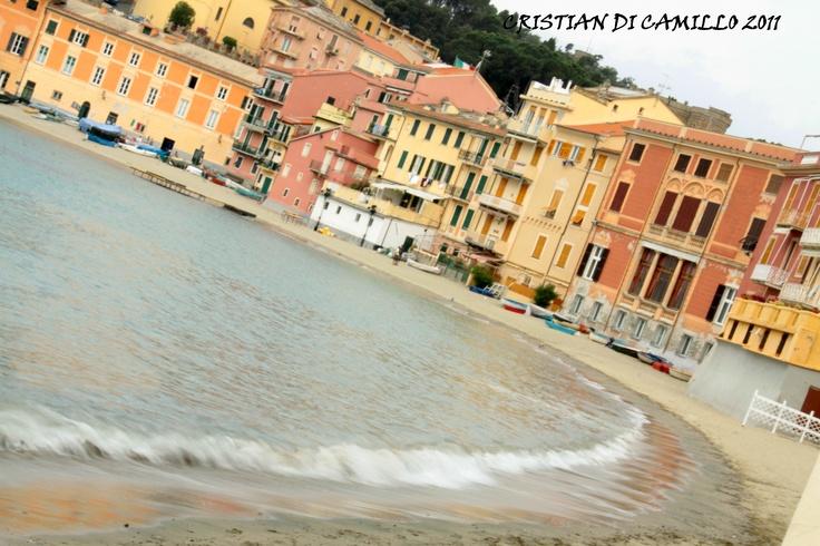 the bay of silence in #SestriLevante #Liguria #Italy #travel #holiday #sestriwine #cristiandicamillo.com