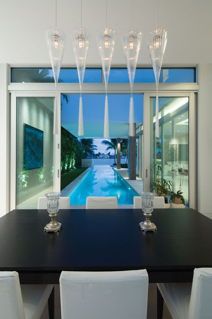 """The Plot Thickens When The Miami Vice """"Rock House"""" Architect Designs A Modernist Home On Biscayne Bay"""