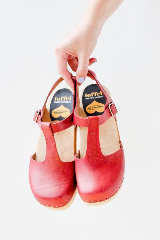 How to #Dye #Leather Shoes Like a Pro #DIY