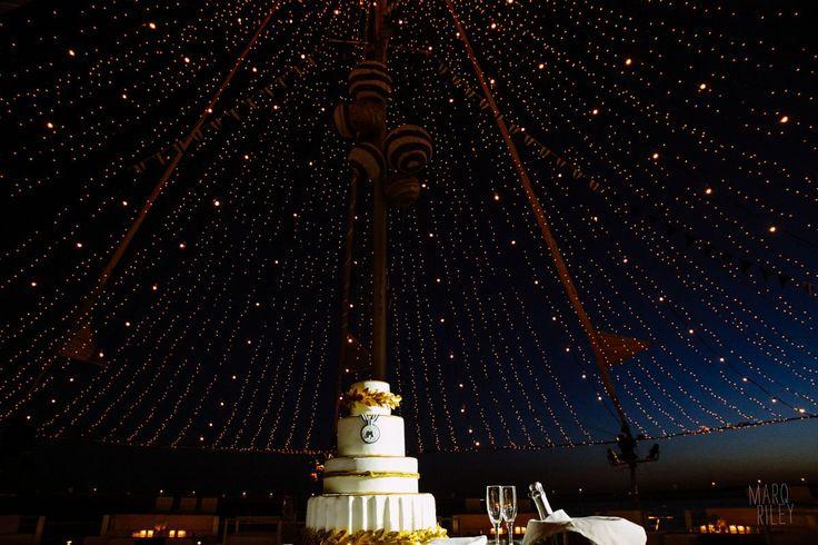 Ultra Marine Chic Wedding @ Veghera Lagonissi Resort - De Plan V | De Plan V http://www.deplanv.com