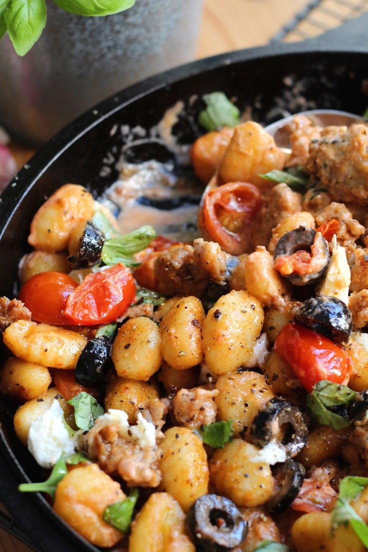This one pot gnocchi is really easy for weeknights. Ready in 15 minutes