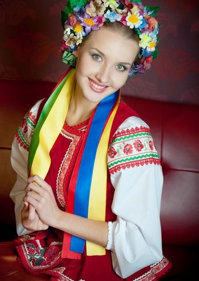 I have always wanted to wear traditional Ukrainian clothing like this. :)