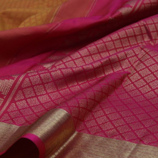 Sarangi Handwoven Kanjivaram Silk Saree - 350127269