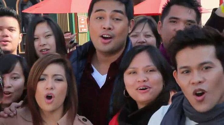 """This is the handsome Jed Madela with Marcelito Pomoy, Angeline Quinto, and the Filipino-British community living in London, England, U.K. singing the theme song, """"Da Best ang Pasko ng Pilipino"""" during the taping of the 2011 ABS-CBN Christmas Station ID, """"Da Best ang Pasko ng Pinoy."""" #JedMadela #DaBestPasko #DaBestangPaskongPilipino #DaBestangPaskongPinoy #ABSCBNChristmasStationID"""