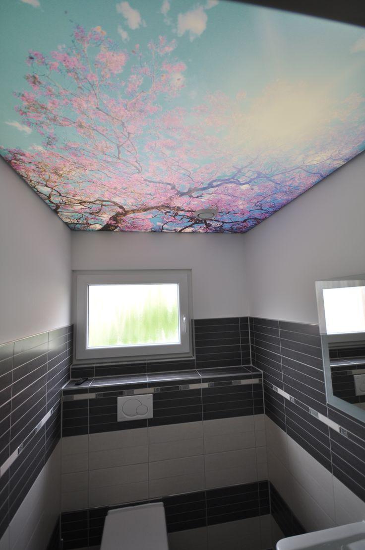 bedruckte Spanndecke im WC #bad#toilette#spanndecke#wc#beleuchtung#decke