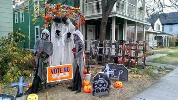 Best outdoor Halloween decoration ideas 4 UR Break - Family