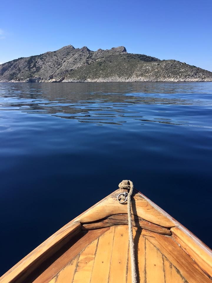 Little boat trip #rosys_little_village #yoga #retreat #vegan #holiday #slowlife