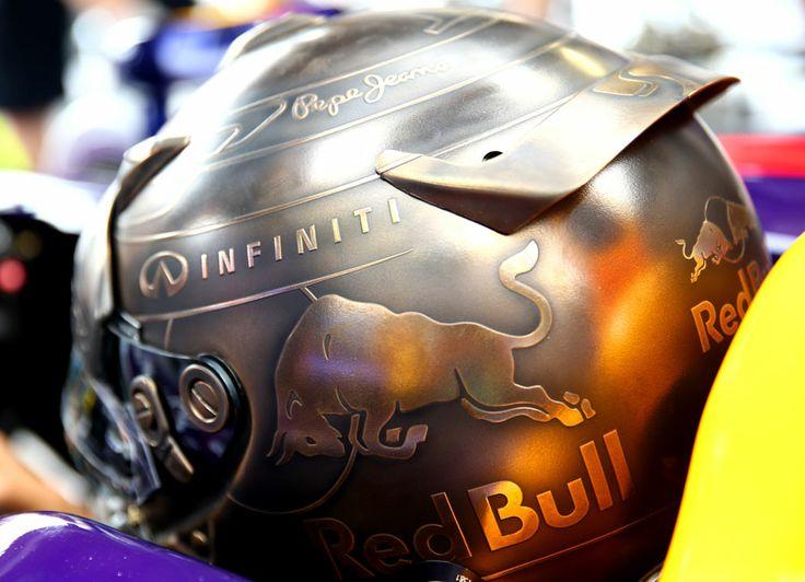 Un nouveau casque pour Sebastian Vettel