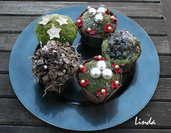 Cupcakes als kerstversiering #kerstmis #bloemschikken