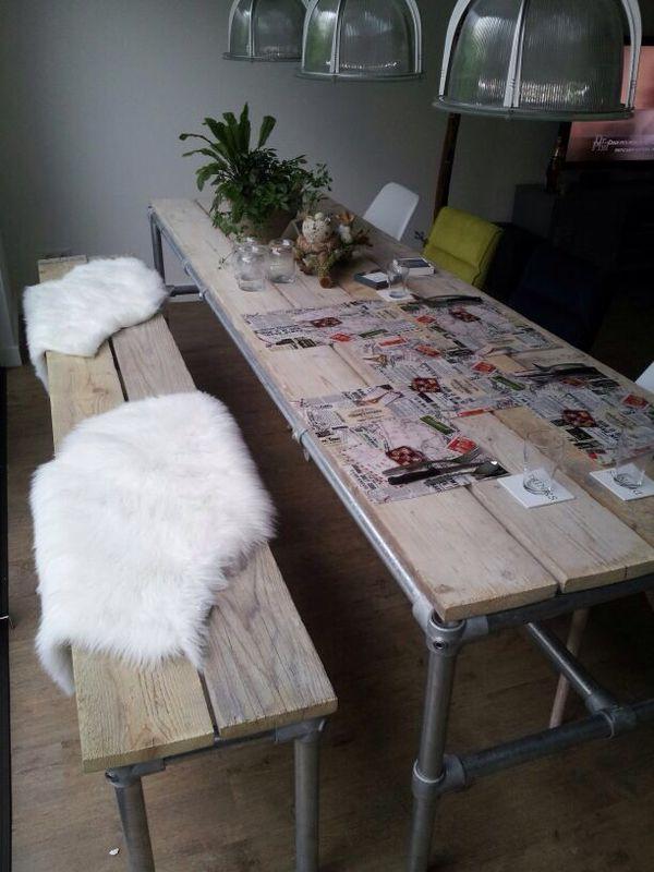 25 beste idee n over lange smalle keuken op pinterest smal kookeiland - Eigentijdse eettafel ...