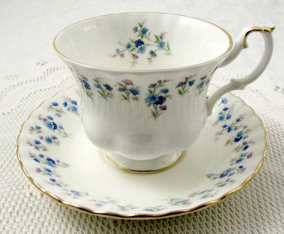 Royal Albert Memory Lane Tea Cup and Saucer, Vintage Bone China, Made in England