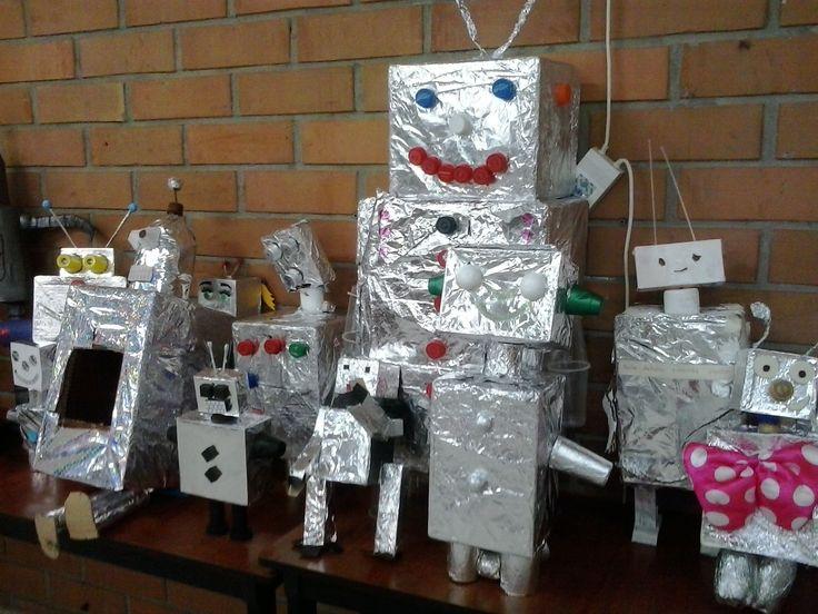 Usamos material reciclable para construir