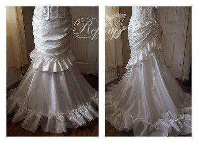 Handmade mariage ivoire jupe victorienne steampunk tournure robe nuptiale queue de poisson