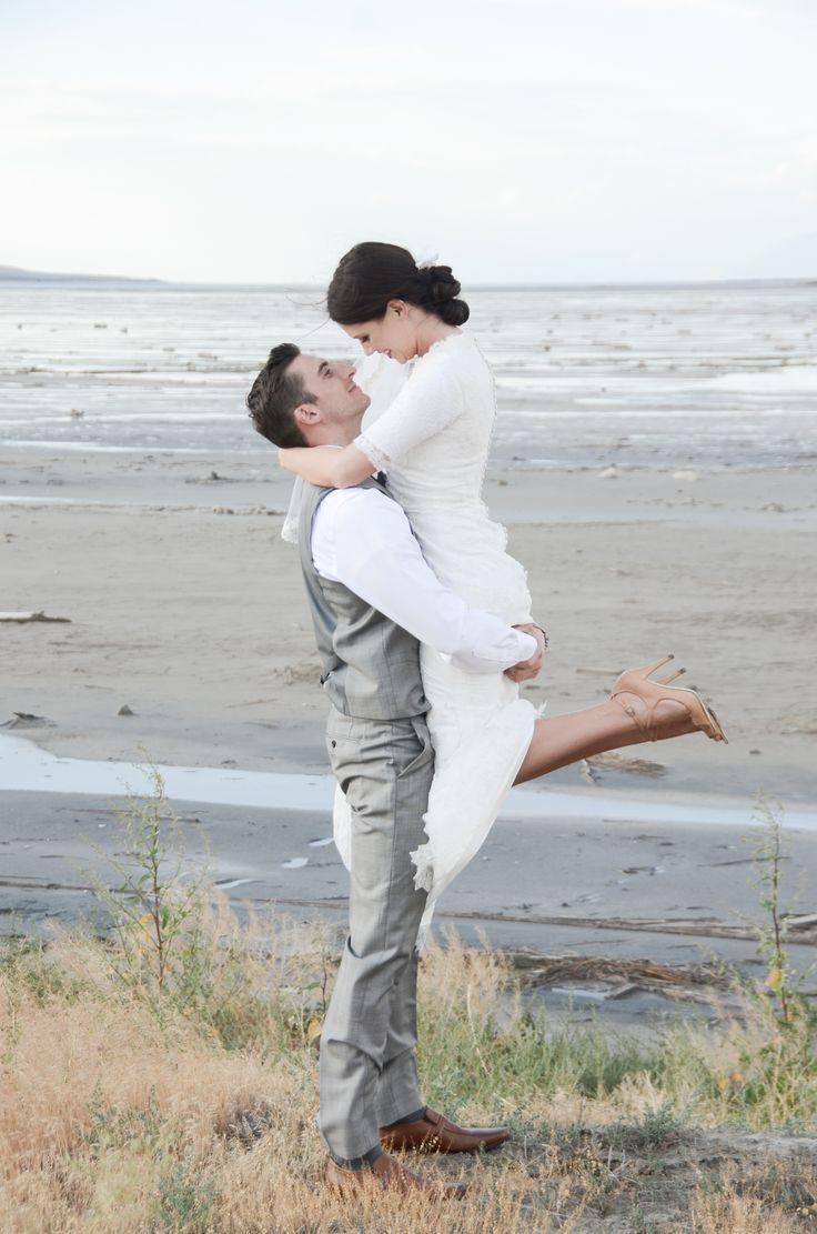 Wedding/Bridal Poses | Wedding Poses | Pinterest
