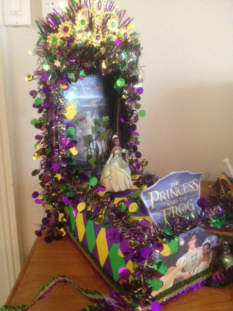 11 best ideas for the house images on pinterest mardi for Princess float ideas