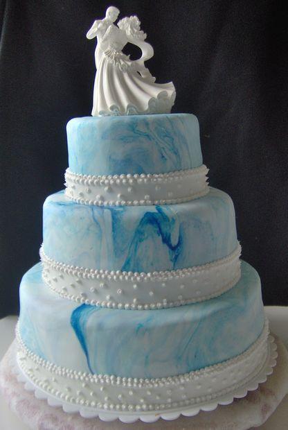 Blue Skies Wedding Cake I Like The Swirl On This Cake
