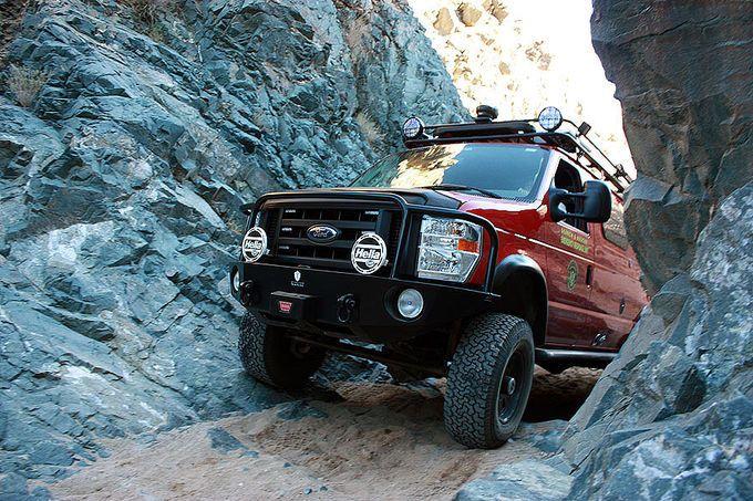 ford sportmobile | Ford E-Series 4x4 Sportsmobile Custom Camper Power-Camper: Monster ...