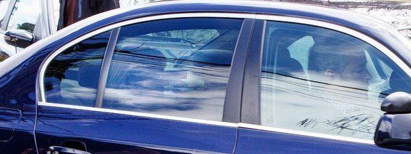 La Policía recomienda que la Infanta bajar en coche la rampa de los juzgados http://www.guiasdemujer.es/st/MENTIRA/La-Policia-recomienda-que-la-Infanta-bajar-en-coche-la-rampa-de-los-ju-3638