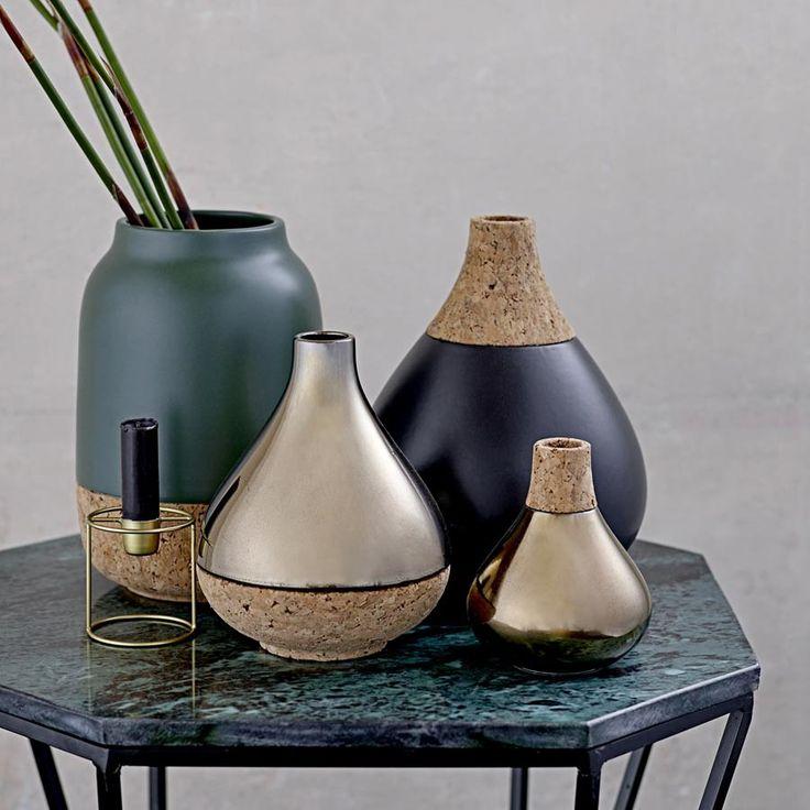 Vase bloomingville kupferfarben boden aus kork 17cm schon ihre tropfenform verrät den trend mit dem diese vase liebäugelt