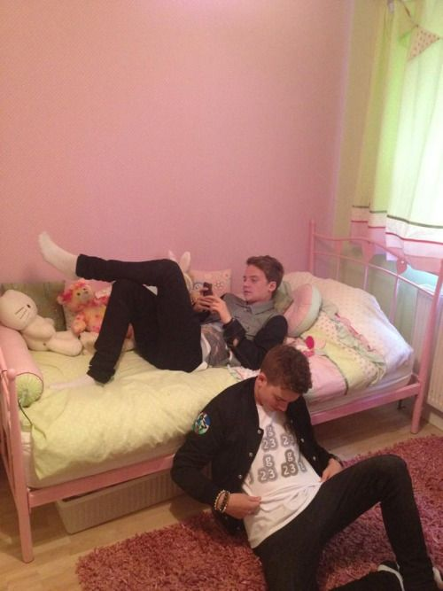 Throwback photo - fetus Jack and Conor Maynard chilling in their little sister's bedroom