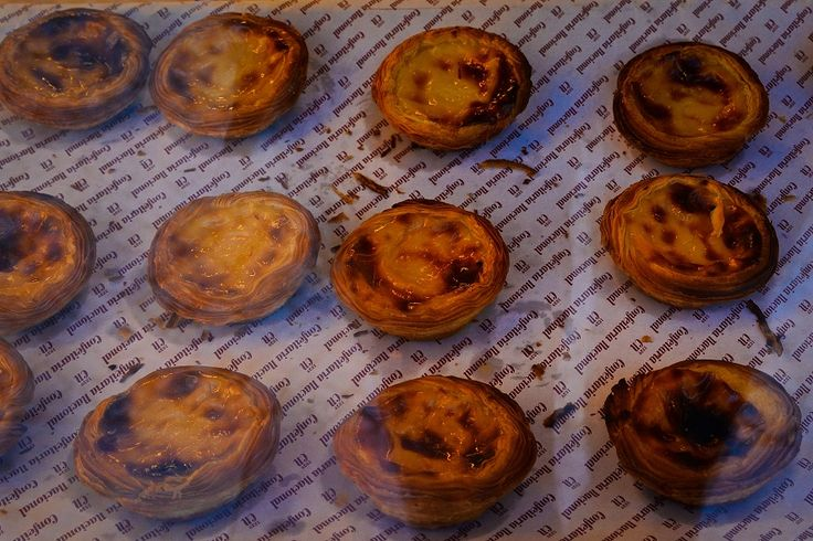 Lisbon. Pastel de nata, is a Portuguese egg tart pastry, common in Portugal and countries with significant Portuguese immigrant populations, such as Canada, Australia, Luxembourg, the United States, and France, among others. Since 1837, locals and visitors to Lisbon have visited the bakery to purchase pastéis fresh from the oven, sprinkled with cinnamon and powdered sugar. Their popularity normally results in long lines at the take-away counters, and waiting lines for sit-down service