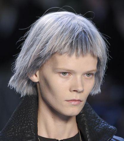 Tendenza capelli grigi